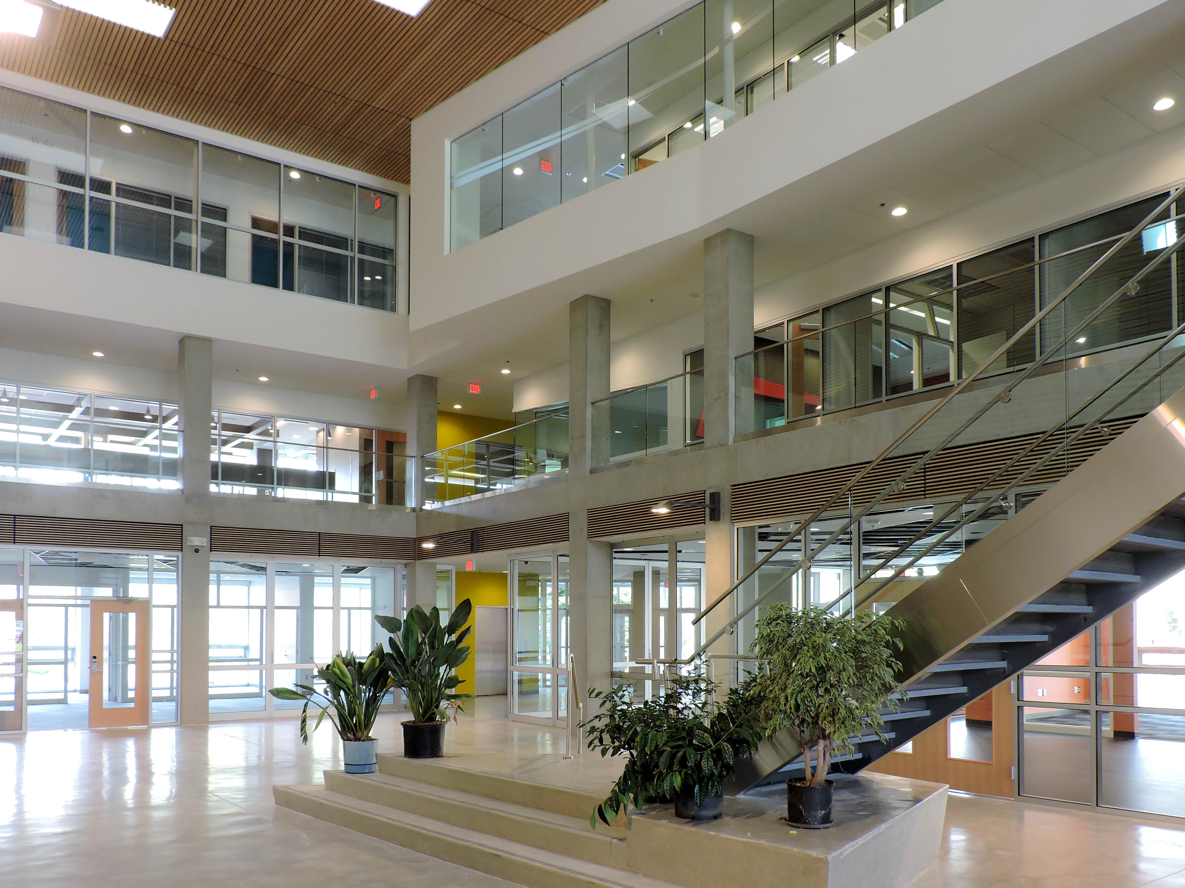 University Of The Fraser Valley Student Centre 3e